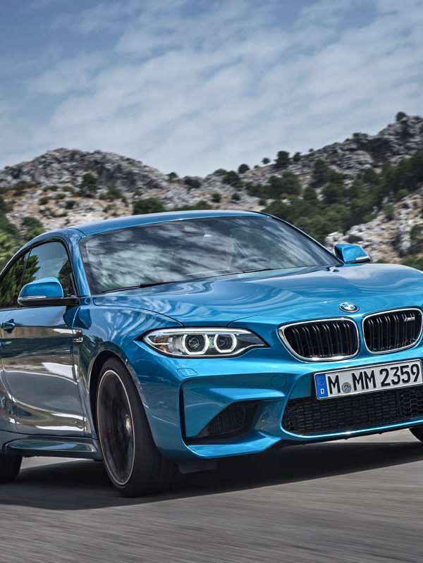 P90199683_highRes_the-new-bmw-m2-10-20